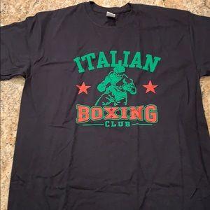 Italian Boxing, Never worn